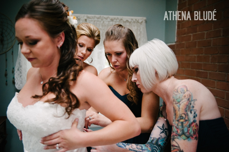town_farm_wedding_athena_blude_photography_019
