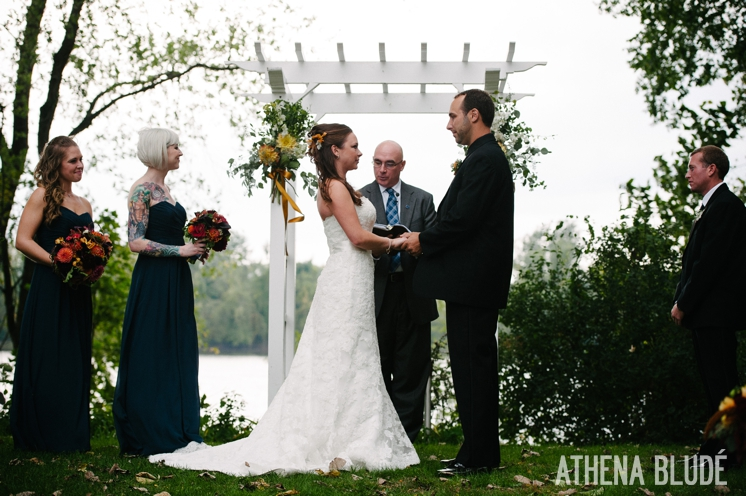 town_farm_wedding_athena_blude_photography_035