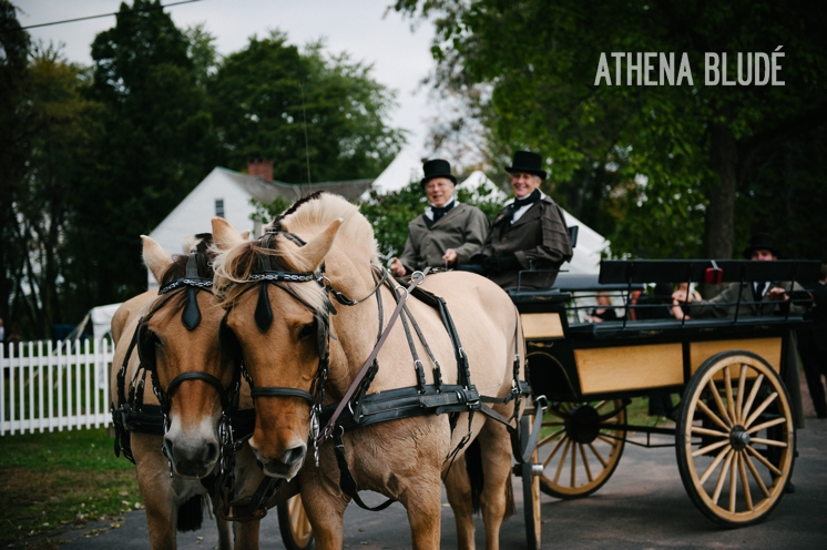town_farm_wedding_athena_blude_photography_043