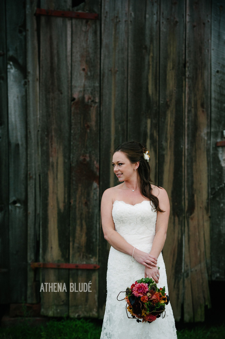 town_farm_wedding_athena_blude_photography_056