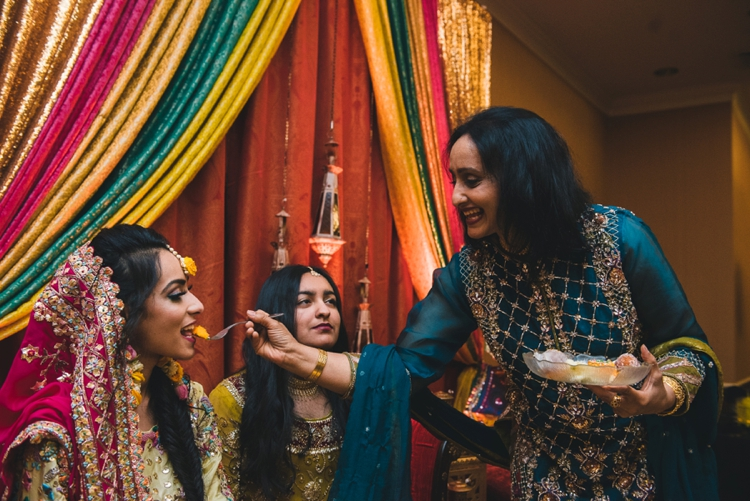 pakistani-wedding-day-1-hanias-mehndi_32