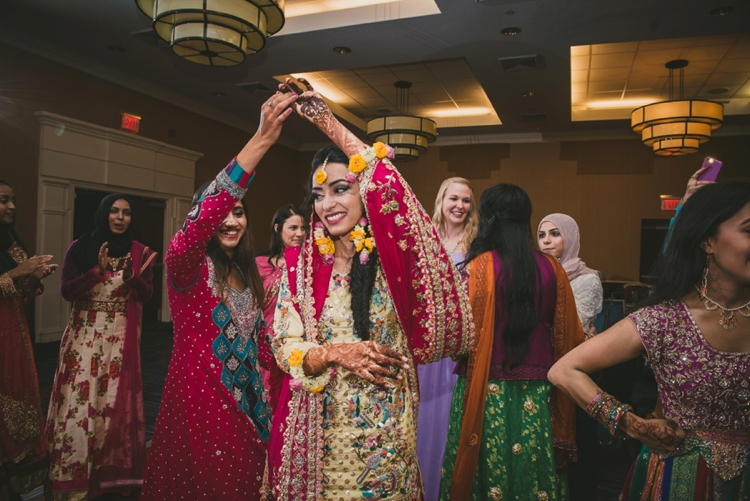 pakistani-wedding-day-1-hanias-mehndi_40