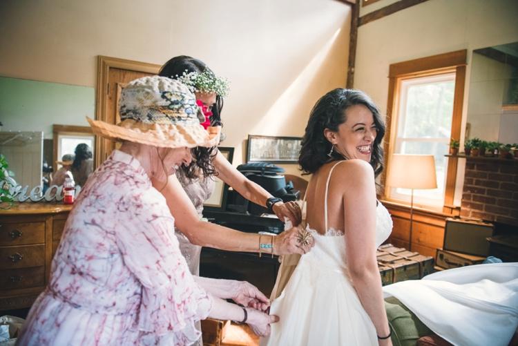 barberry-hill-farm-wedding-emma-and-ben_019