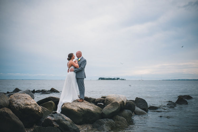 milford-yacht-club-wedding-amanda-and-chris_01
