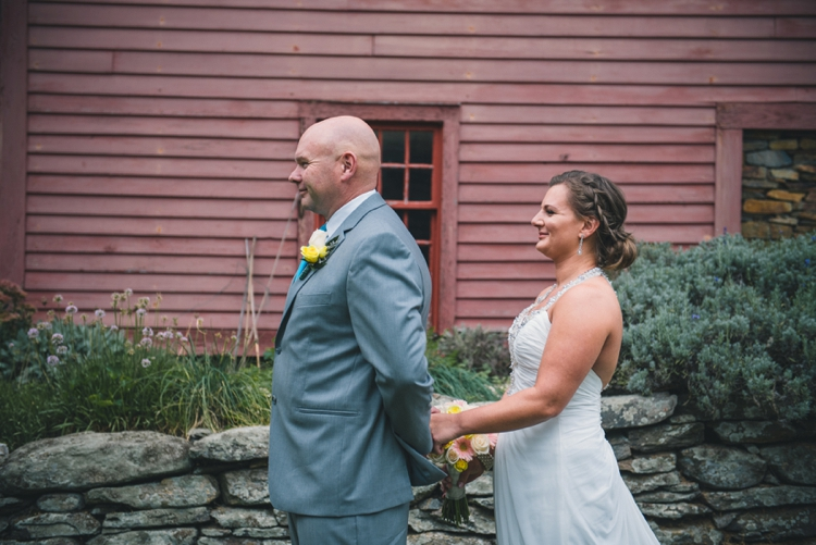 milford-yacht-club-wedding-amanda-and-chris_16